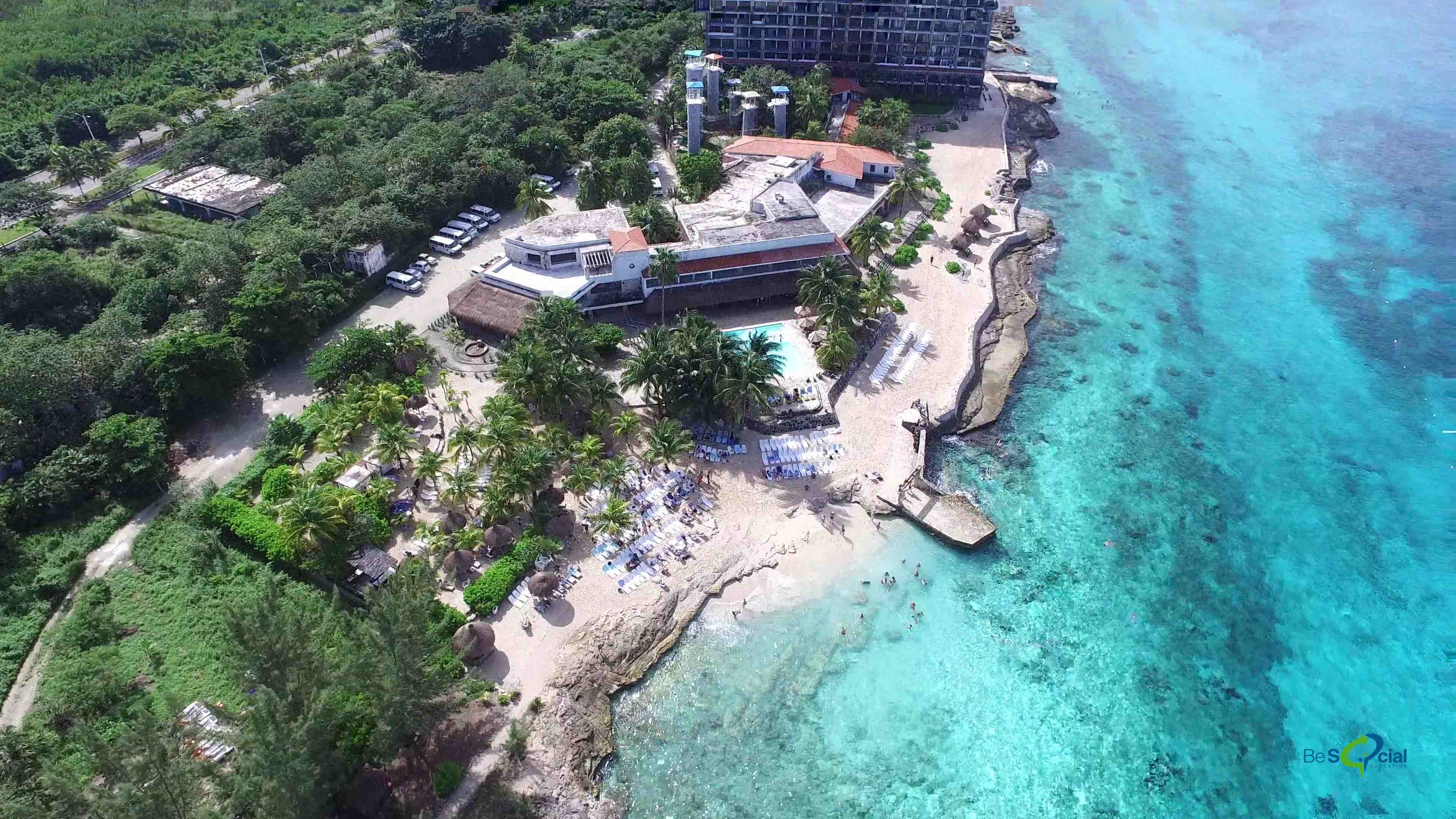 bucannos-cozumel-club-de-playa