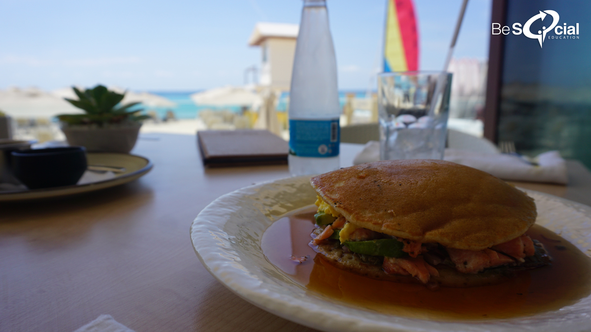 mamitas-beach-club-playa-del-carmen-desayunos