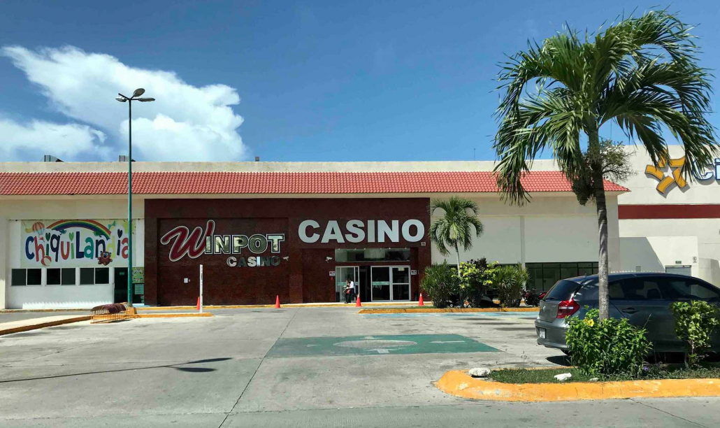 are there casinos in playa del carmen